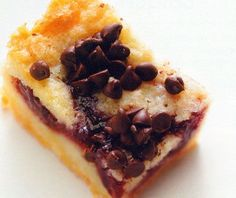 Chocolate Chip Raspberry Bars Recipe - http://www.allbakingrecipes.com/recipes/chocolate-chip-raspberry-bars-recipe/