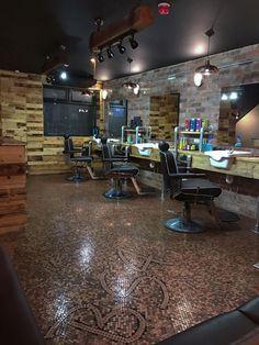 12 Ideas for Shop Floor Ideas for Shop Floor. 12 Ideas for Shop Floor. Barber Shop Floor Covered with 70 000 Pennies Will Inspire Barber Shop Interior, Barber Shop Decor, Salon Interior Design, Penny Boden, Penny Floor Designs, Barber Shop Equipment, Barber Store, Barbershop Design, Layout