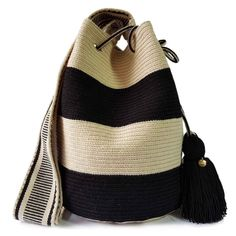 2T SPECIAL EDITION | Lombia Wayuu Bags Tapestry Crochet Patterns, Crochet Stitches, Knit Crochet, Sweet Bags, Tapestry Bag, Crochet Handbags, Denim Bag, Bucket Bag, Purses And Bags