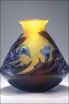 Emile Gallé, Vase, c. Anderson Collection of Art Nouveau Antique Glass, Antique Art, Vintage Art, Art Nouveau, Cristal Art, Jugendstil Design, Glas Art, Art Of Glass, Mason Jars