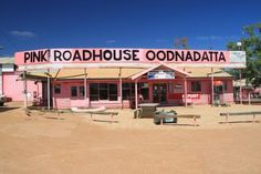 The Oodnadatta Pink Roadhouse. South Australia, Western Australia, Australia Travel, Oh The Places You'll Go, Places To Visit, Desert Trip, Free Travel, Tasmania, Country Life