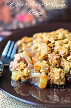 Asian Pear Maple Crisp | from willcookforsmiles.com | #pear #crisp #dessert