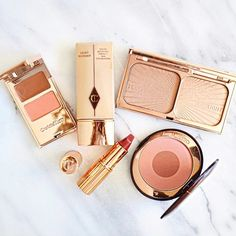 In case you haven't heard, Charlotte Tilbury Makeup is launching in Australia this month! It seems to be online only, but fingers crossed a retail store launches it too! If I bought only her makeup for the rest of my life I'd be ok with that smirk