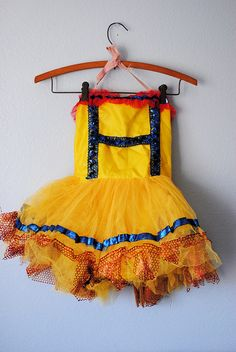 Love this vintage dance costume @Heather Creswell Creswell Creswell found!