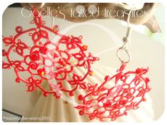 Red hand tatted earrings with crystals di gaestattedtreasures, €12.00