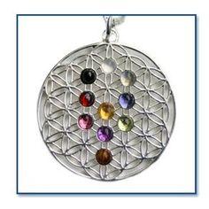 flower of life + tree of life Wicca, Pagan, Tree Of Life Pendant, Flower Of Life, Love And Light, Crafts To Make, Crystal Healing, Christmas Bulbs, Crystals
