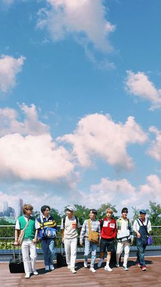 Bts Group Picture, Bts Group Photos, Group Pictures, Bts Pictures, Foto Bts, Bts Taehyung, Bts Jungkook, Kpop, Frases Bts