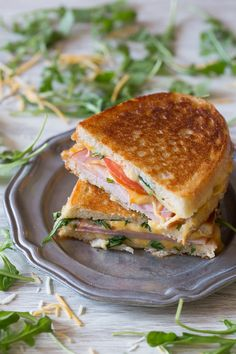 This totally cheesy Canadian BLT Grilled Cheese is stuffed with cheese, arugula, tomato and Canadian bacon. It's toasted till perfection and ready in no time!