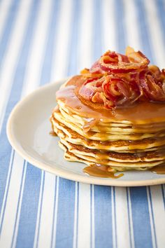 Pancakes with caramel sauce & bacon....yes PLEASE!