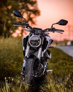 Spring in . Honda by Dominik Kotowski on Spring in . Honda by Dominik Kotowski on Vw R32 Mk4, Duke Bike, Ktm Duke, Moto Wallpapers, Bullet Bike Royal Enfield, Ns 200, Chihiro Y Haku, Honda 125, Honda Grom
