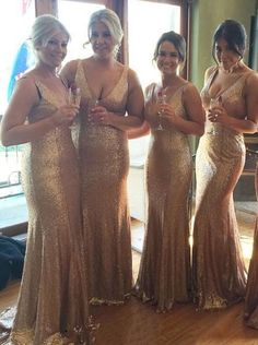 Buy Luxurious V-neck Long Sequins Bridesmaid Dress/Wedding Party 2016 Bridesmaid Dresses under US$ 117.99 only in SimpleDress.