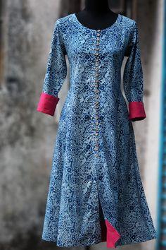 an elegant anarkali in indigohand-block printed bagruand woodeni buttons and rose pinkmangalgiri border and sleeve cuffs! please choose the dupatta colour