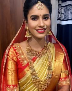 Bridal Jewelry, Gold Jewelry, Jewellery, Emerald Necklace, Beautiful Indian Actress, Indian Actresses, Ethnic, Sari, Classy