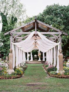 A Bright & Beautiful Boho-Vintage Garden Wedding - Chic Vintage Brides Romantic Garden Wedding Ceremony Wedding Ceremony Ideas, Wedding Scene, Wedding Themes, Wedding Bells, Wedding Events, Outdoor Ceremony, Wedding Resorts, Ceremony Decorations, Wedding Ceremonies