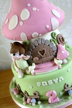 Toadstool house with fairy - Cake by Zoe's Fancy Cakes Girly Cakes, Cute Cakes, Pretty Cakes, Divorce Cake, Fondant Cakes, Cupcake Cakes, Fairy House Cake, Toadstool Cake, Zoes Fancy Cakes