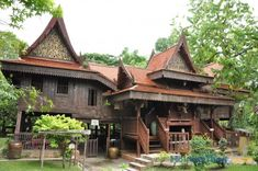 Thai traditional houses have been built with prefabricated system for more hundred years.