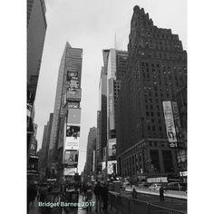 The Center of the Universe  Times Square  New York City 7 April 2016 . . . . . #worldcaptures #beautifuldestinations #passionpassport #worldplaces #travelstoke #travelawesome #bbctravel #guardiantravelsnaps #awesupply #meettheworld #iamatraveler #dustysolesblog #ricksteveseurope #travel #traveler #travelgram #wanderlust #grateful #countingblessings #lonelyplanet #lpfanphoto #traveldeeper #timessquare #newyork #nyc #igersnewyork