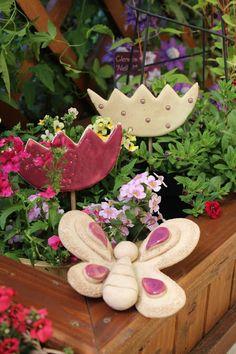 Naše milovaná alejka: Zahrádka Wreaths, Creative, Decoration, Book, Garden, Easter Activities, Animales, Decor, Garten