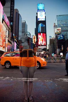 New-York-Iconic-Body-Paint-Trina-Merry-Art-Alive-Gallery