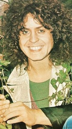💋⚘♥️Marc is in my Heart Rock Hairstyles, Marc Bolan, Lovely Smile, T Rex, Cute Guys, Cosmic, Musicians, English, Entertainment