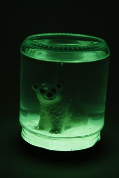 KID CRAFT! DIY Glow in the Dark Snow Globe | http://hellonatural.co/diy-snow-globe/
