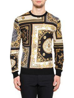 8d3d892c7396 VERSACE Printed Silk Pullover. #versace #cloth #