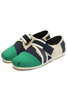 Must-have Color Block Flats