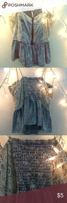 Kirra peplum top.! Lightly used, like new condition.  Runs a little small, it's a medium size and fits a small.! Looks gorgeous on.! ❤️❤️❤️ Kirra Tops Blouses