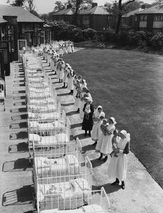Vintage nurses give jaundiced babies some sunshine treatment. –undated -- 65 Photos of Vintage Nurses—Nurses Through the Centuries #nursebuff #nurse #vintage