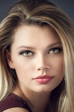 The Last Skin Care System You Will Ever Need. Age defying skin care that has taken Hollywood by storm. Beautiful Women Tumblr, Most Beautiful Faces, Gorgeous Women, Simply Beautiful, Portrait Photos, Portraits, Gorgeous Eyes, Pretty Eyes, Girl Face