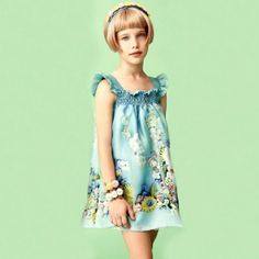 Mi Mi Sol Spring Summer 2014, blue cotton popeline dress. #flowers #mimisol #springsummer2014 #SS14 #children #kids #childrenwear #kidswear #girls