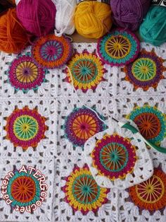 Crochet pattern circles in granny square by by ATERGcrochet, €2.95