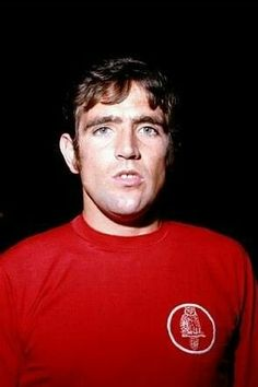 Norman Hunter wearing Leeds red away kit prior the match against Tottenham Hotspur, at White Hart Lane. Retro Football, Vintage Football, Football Shirts, Leeds United Football, Leeds United Fc, The Damned United, Norman Hunter, White Hart Lane, Get Educated