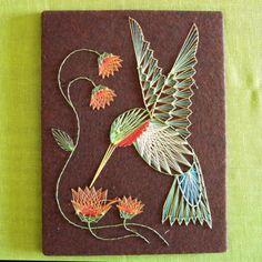 String Art hummingbird and flowers di vintagedame su Etsy