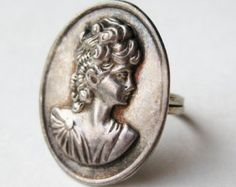 Vintage Ring Taxco Mexican Sterling Silver Victorian Lady Cameo Ring size 9