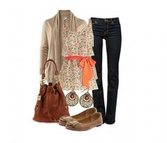 Look del giorno - Top fiorato, jeans e ballerine
