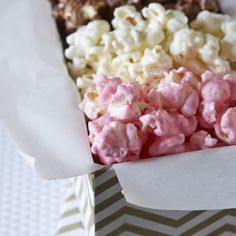 White chocolate, milk chocolate, and strawberry coated popcorn make up a delicious and beautiful dessert trio perfect for gifting and entertaining! Trio Of Desserts, Dessert Trio, Paula Deen Apple Pie, Chocolate Covered Popcorn, Popcorn Recipes, Dessert Recipes, Velvet Cake, Red Velvet, Famous Chocolate