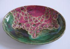 Zielono- różowa mydelniczka z delikatnym ornamentem Długość 12 cm Hanja - Hanna Owczarek