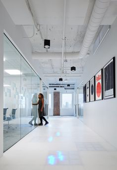 Pandora, a popular music streaming platform that plays music based on your personal taste, just relocated into a bigger office in Chicago. The new 35-000-square-foot office space is located in Chicago's Prudential Plaza ... Read More
