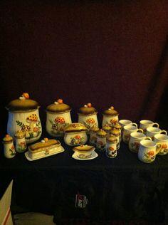 Sears MERRY MUSHROOM 1978 4 Canisters, Napkin, Butter, Mugs, Ashtray, Spice Jars