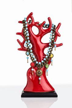 Con mucha personalidad y estilo son todos los accesorios que realizan en ita pita, animate a conocerlos en su tienda de el retiro bogota .