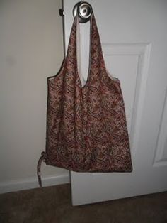 From the book One Yard Wonders.  Collapsible Shopping Tote