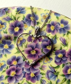 Broken china jewelry purple pansy chintz heart shaped necklace pendant purple and light yellow porclain