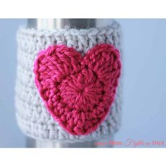 Looking for the perfect handmade gift for Valentine's Day? Check out this free crochet pattern for a heart cup cozy!