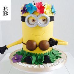 Hula Minion Cake