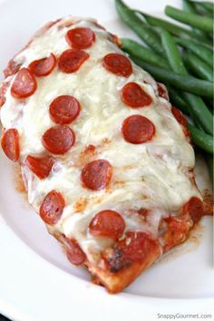 Easy Pizza Chicken recipe - quick low carb family dinner with tomato sauce, cheese, and pepperoni. SnappyGourmet.com
