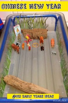 Ind - Small World - CNY story Maths: Ordinal numbers Writing: Writing own CNY story. Chinese New Year Activities, New Years Activities, Activities For Kids, New Year's Crafts, Crafts For Kids, Water Tray Ideas Eyfs, Eyfs Activities, Culture Activities, Nursery Activities