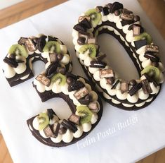 Number Birthday Cakes, 30 Birthday Cake, Number Cakes, Cake Lettering, Cocoa Brownies, Sugar Bread, Candy Drinks, Biscuit Cake, Cakes For Men