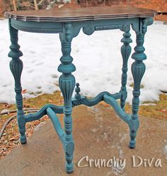 Victorian demi lune table transformation Thinking this might be good way to refinish pedistal table Pedistal Table, Demilune Table, Upcycled Furniture, Furniture Projects, Furniture Makeover, Refinished Furniture, Chalk Paint Table, Chalk Paint Furniture, Home Design Decor