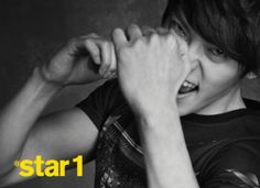 School boys Lee Jong-seok and Kim Woo-bin get cuddly » Dramabeans » Deconstructing korean dramas and kpop culture